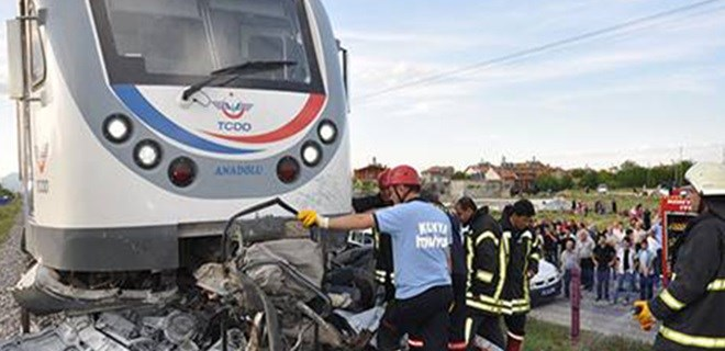 Konya'da tren kazası: 1ölü, 15 yaralı!