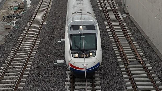 YHT tünel inşaatında iş makinesi işçiyi ezdi