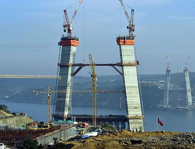 3. Köprü bile durabilir!