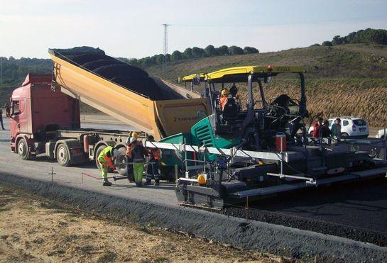 3. Köprü Avrupa yakası güzergahında ilk asfalt döküldü
